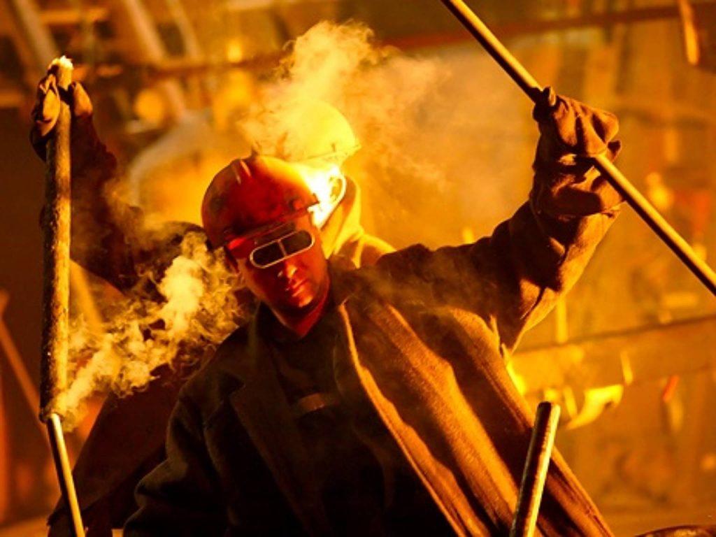 Рабочий, который варит сталь - кто это такой-2