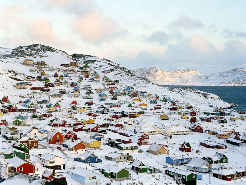 Кому принадлежит остров Гренландия-5