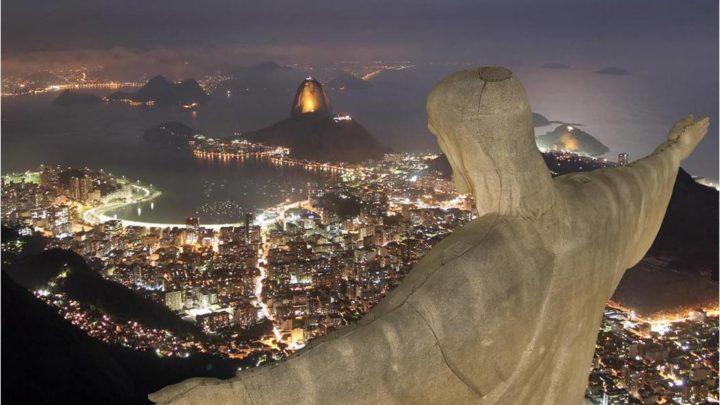 Кому в мире больше всего памятников-3