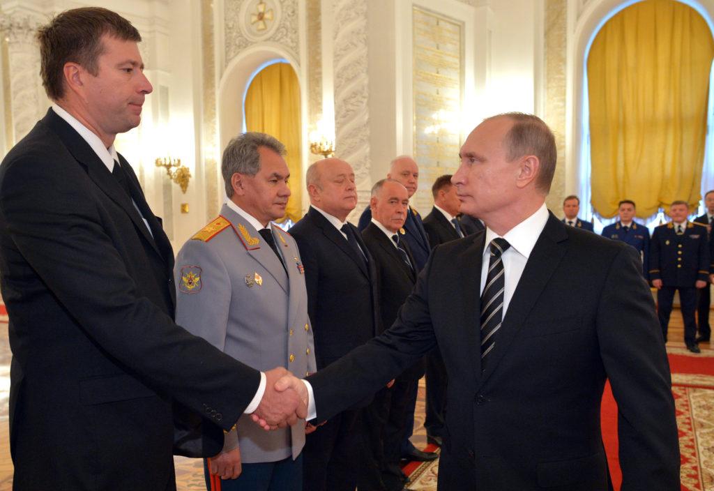 Кто осуществляет руководство деятельностью министерства юстиции России-6